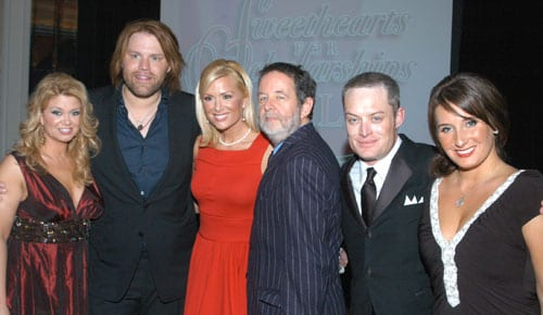 (L-R): Amy and James Otto; Allison DeMarcus; Warner Bros Nashville's Bill Bennett; NSCC's Brent Young; and event chair/music industry publicist Ebie McFarland. Photo: Alan Mayor.