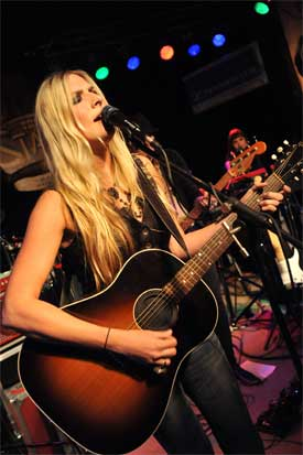 Holly Williams photo: Peyton Hoge