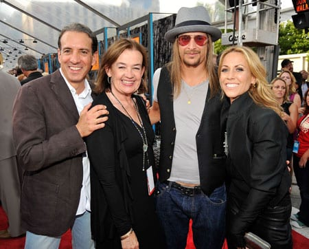 (L-R): President of MTV Networks Van Toffler, CEO of MTV Networks Judy McGrath, Kid Rock and Sheryl Crow. (Photo: Kevin Mazur/WireImage)