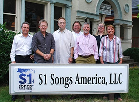 (L-R): Jody Williams, BMI; Brett Beavers; Don Rollins; Chip Petree, Attorney/Copyright Exchange; Pat Finch, Sr. VP/GM S1 Songs Nashville; Shaye Smith; Abbe Nameche, VP Creative, S1 Songs Nashville