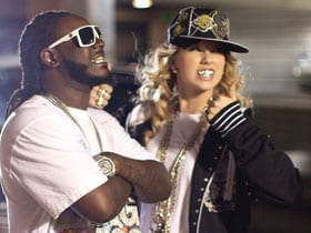Rumors abound that Taylor Swift will perform tonight with T-Pain. Photo: CMT.com