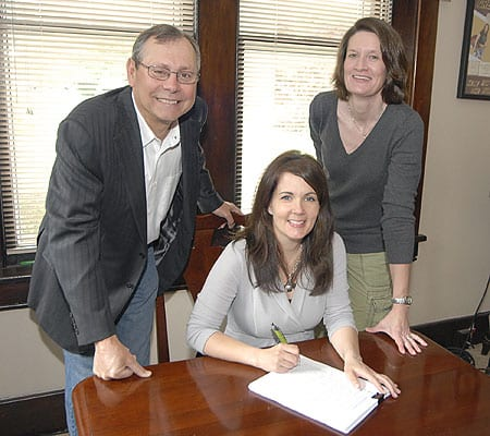 L-R: (Seated): McKenna. (Standing): UMPG Nashville President Pat Higdon, UMPG Creative Director Whitney Williams. Photo: Kay Williams