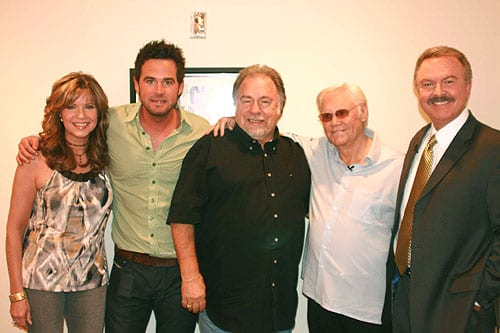 """(L to R) """"Crook & Chase's"""" Lorianne Crook, David Nail, Gene Watson, George Jones and """"Crook & Chase's"""" Charlie Chase CREDIT: Sandra Petrucci/Copyright Jim Owens Entertainment"""