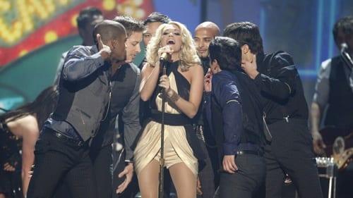 "Underwood performed her newest hit ""Cowboy Casanova."""