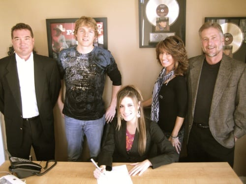 Blue Guitar Music Publishing has signed artist/ songwriter Blake Gray to it's roster. Gray is managed by Perdieu Management. Pictured (L-R) Back: Owner Daniel Wood, staff writer David Kroll, Creative Director Holly Nance, Owner Danny Pool, Seated: Gray