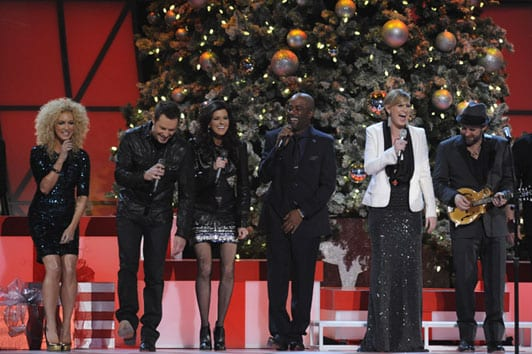 the cma country christmas cast performs jingle bells l r little big towns kimberly schlapman jimi westbrook and karen fairchild darius rucker - A Country Christmas Cast