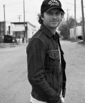 Dierks Bentley Tapped to Host ACM Honors