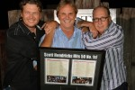 (L-R): Blake Shelton; Scott Hendricks, Sr. VP of A&R Warner Music Nashville; John Esposito, Pres./CEO Warner Music Nashville