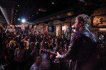 Dierks Bentley Plays Impromptu Show