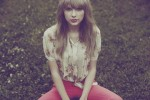 Swift's 'Red' Certified Triple Platinum; Adds Appearances
