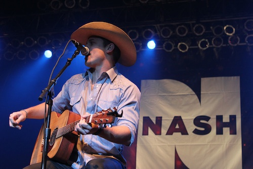 Nash Bash--Dustin Lynch1