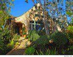Brad Paisley Puts California Home On The Market