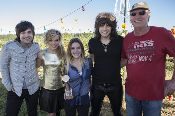 Pictured (L-R): The Band Perry's Neil and Kimberly Perry, Rae, The Band Perry's Reid Perry, and CMA Board member Rob Potts.