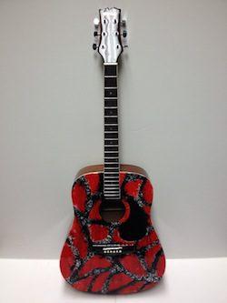 Guitar Auction Carrie Underwood (2)