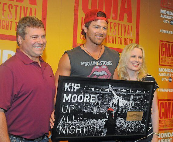 Kip Moore CMA Music Fest