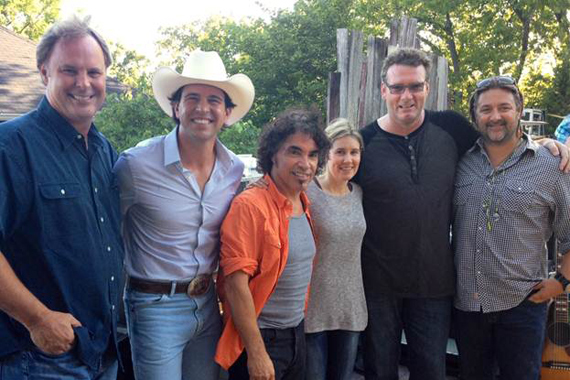 Pictured (L-R): Scott Hendricks (SVP A&R, WMN), Jon Wolfe, John Oates, Cris Lacy (VP A&R, WMN), Peter Strickland (EVP & GM, WMN), Chris Stacey (SVP Promotion, WMN)