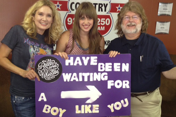 """Mother-daughter duo Belles And Whistles have been touring Country radio in promotion of """"Boy Like You."""" Pictured here with U.S. 51's Rob Grayson."""