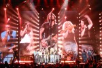 Keith Urban Lights The Fuse on 2013 Tour