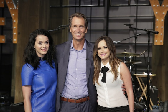 Pictured (L-R): Katy Perry, Cris Collinsworth, Kacey Musgraves