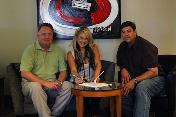 Pictured (L-R): Sony Music Nashville Chairman & CEO Gary Overton, Columbia Nashville artist Leah Turner, Sony Music Nashville A&R exec Jim Catino. Photo Credit:  Brian Kaplan