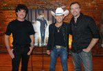 Justin Moore Takes Nashville 'Off The Beaten Path'