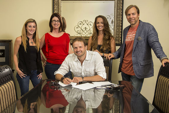 (L-R): Blackwater Records' Nicole Jordan, Hayden Herr, Artist Brad Long, Blackwater Records' Jennie Roquemore and CEO Jeff Chandler