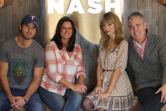 "Taylor Swift was honored by New York's NASH FM 94.7's America's Morning Show as their first in-studio guest. The superstar lands at No. 1 this week on the MusicRow Chart with her title track ""Red."" Pictured (L-R): Chuck Wicks (AMS co-host), Terri Clark (AMS co-host), Swift, Blair Garner (AMS host.)"