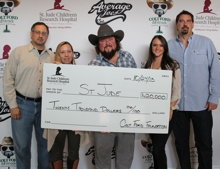 Pictured (L-R): Tony Morreale, V.P. Promotion/Marketing, Average Joes Ent., Teri Watson, Sr. Director, Entertainment Marketing, ALSAC – St. Jude Children's Research Hospital, Colt Ford, Jamie Reeder, Average Joes Management &  Tournament Coordinator, Rusty Harmon, Average Joes Management & Tournament Director
