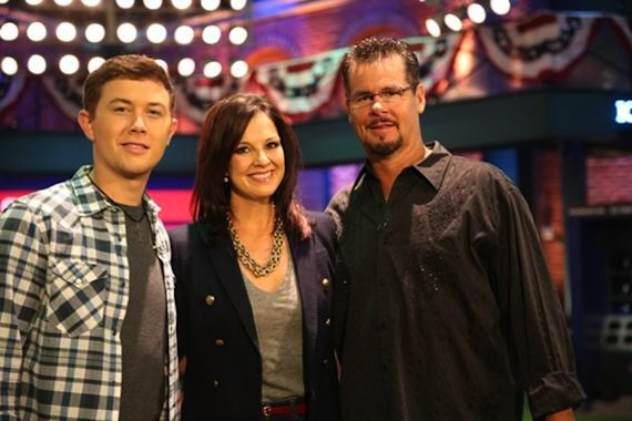 Pictured (L-R): Scotty McCreery, Nan Kelley, Mitch Williams.