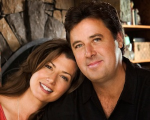 Pictured (L-R): Amy Grant, Vince Gill