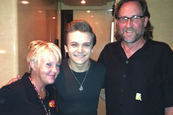 Atlantic/WMN's Hunter Hayes recently played in front of his hometown in Lafayette, LA.  Pictured (L-R): KMDL's Stephanie Crist, Hunter Hayes, and WMN's Mark Niederhauser.