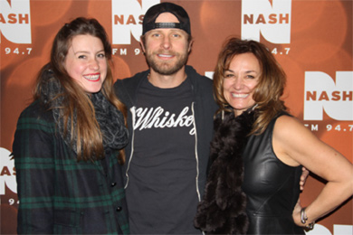 """Dierks Bentley recently visited with WNSH/New York at the station's first Nash Holiday Bash in promotion of his No. 5 Capitol Nashville single, """"I Hold On."""" Pictured (L-R): Abby Bryant, Bentley and Kim Bryant (Cumulus/New York MM)"""