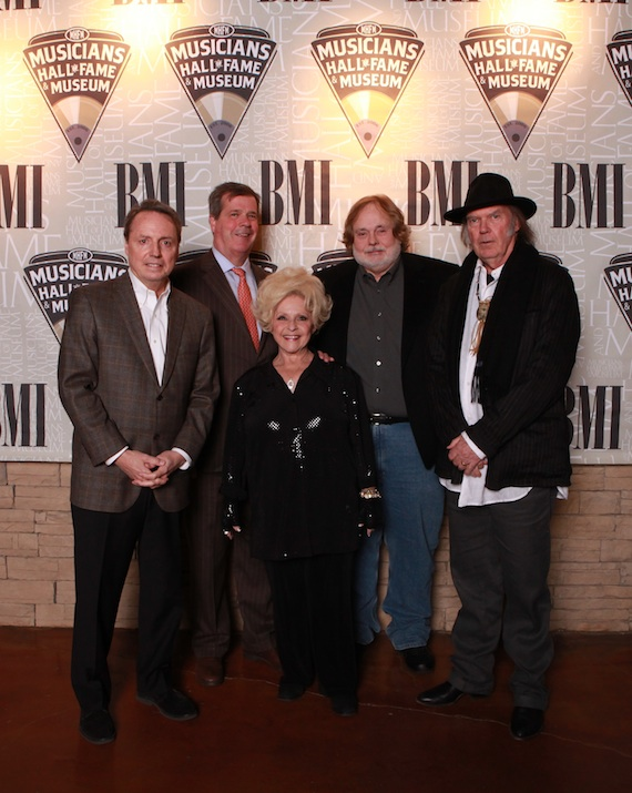 Pictured (L-R): Jody Williams (Vice President Writer/Publisher Relations at BMI), Honorable Nashville Mayor Karl Dean, Country legend and Rock n' Roll Hall of Fame Inductee Brenda Lee, Musicians Hall of Fame Founder Joe Chambers, 2-time Rock n' Roll Hall of Fame Inductee Neil Young take a moment to snap a shot during the Musicians Hall of Fame Induction and Medallion Ceremony on January 28.
