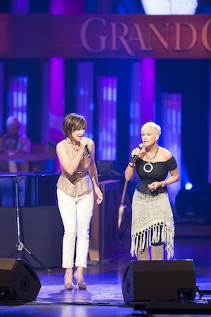 Pictured (L-R): Pam Tillis and Lorrie Morgan