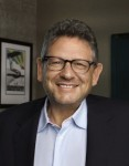 'L.A. Times' Highlights UMG's Lucian Grainge