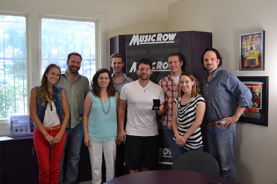 Back row: ??'s ??, MusicRow's Eric Parker, MusicRow's Troy Stephenson and Sherod Robertson. Front row: MusicRow's Kelsey Grady and Sarah Skates, songwriter Chris DeStefano, MusicRow's Jessica Nicholson