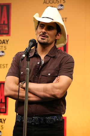 Brad Paisley backstage. Photo: Moments By Moser