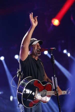 Darius Rucker at LP Field. Photo: CMA