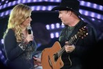 Garth Brooks Stages First Comeback Show in Chicago