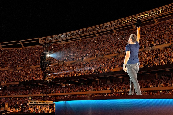 Luke Bryan Sets Record At Chicago S Soldier Field