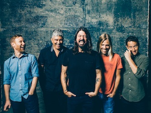 Foo Fighters Laugh Shot11