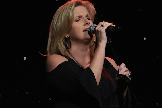 Performance by Trisha Yearwood. Photo: Bev Moser