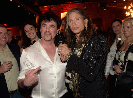 Big Machine Label Group President/CEO Scott Borchetta welcomes Aerosmith's Steven Tyler. Photo: Getty Images
