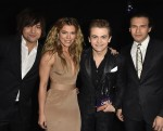 Underwood, Hayes, Lady Antebellum Win at People's Choice Awards
