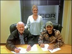 Craig Campbell Signs With Magic Mustang Music For Publishing