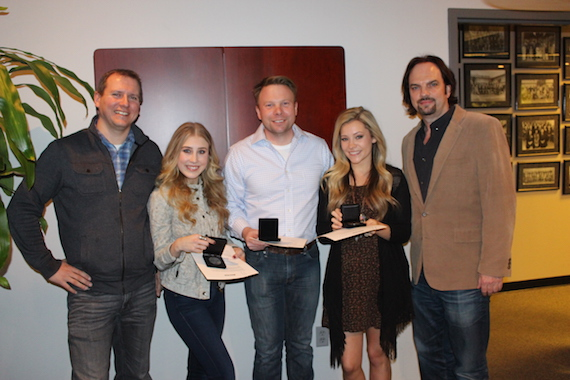 Pictured (L-R): MusicRow Chart Director Troy Stephenson, Maddie Marlow, Aaron Sherz, Taylor Dye, MusicRow Owner/Publisher Sherod Robertson.