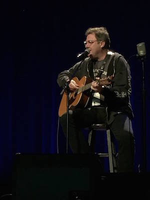 Vince Gill. Photo: CRS