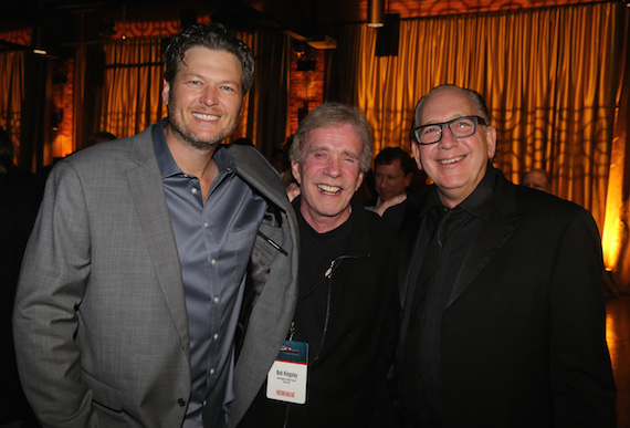 Pictured (L-R): Blake Shelton, Bob Kingsley and WMN,President & CEO,John Esposito.