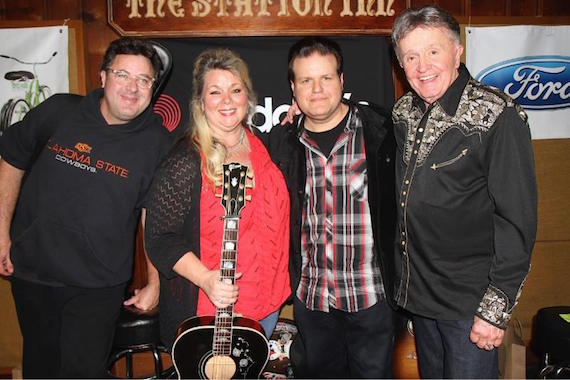 Pictured (L-R): Vince Gill, Leslie Satcher, Bobby Tomberlin and Bill Anderson at the Station Inn Thursday night.