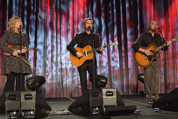 Alison Krauss, Levi Hummon, and Marcus Hummon perform at the T.J. Martell Foundation's 7th Annual Nashville Honors Gala